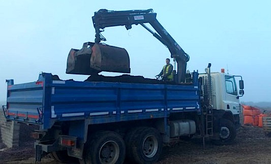 Grab Truck Hire - Noblewood Landscapes Ltd